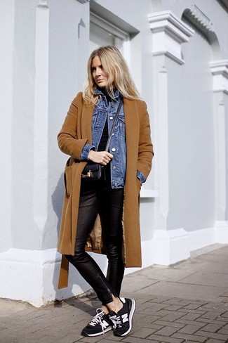 How to wear: tobacco coat, blue denim jacket, black turtleneck, black leather skinny pants