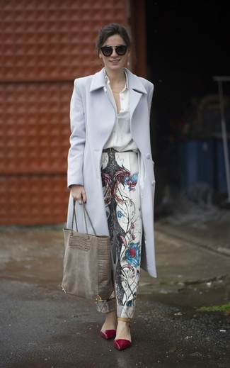 How to wear: grey coat, white silk dress shirt, white print tapered pants, burgundy leather pumps