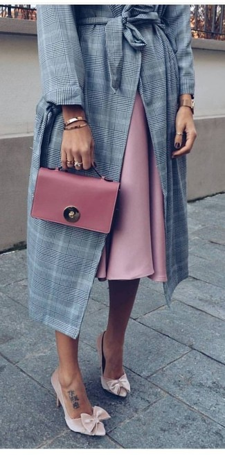 How to wear: grey plaid coat, pink full skirt, beige velvet pumps, pink leather clutch