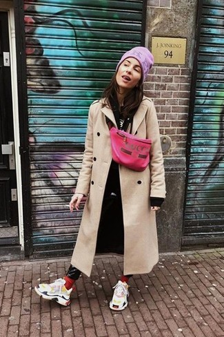For an ensemble that's nothing less than drool-worthy, pair a beige coat with a pink beanie. Why not add white athletic shoes to the equation for a more relaxed feel? We love how this ensemble gets you excited for the fall season in no time.