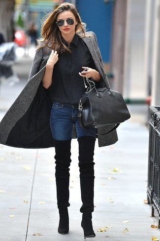 A grey coat and navy skinny jeans is a good combination to carry you throughout the day. This outfit is complemented perfectly with black suede over the knee boots.