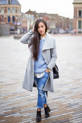 Light Blue Knit Oversized Sweater Outfits: If you put function above all else, consider wearing a light blue knit oversized sweater and blue ripped boyfriend jeans. A pair of black leather ankle boots will bring an instant sultry vibe to your ensemble.