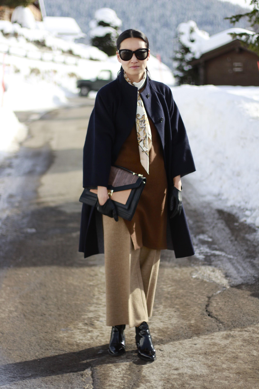 How to Wear a Dark Brown Oversized Sweater (10 looks)   Women's ...