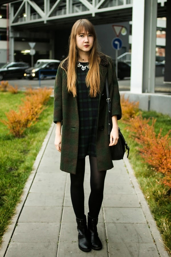 kleid mit ankle boots kombinieren beliebte kurze kleider. Black Bedroom Furniture Sets. Home Design Ideas