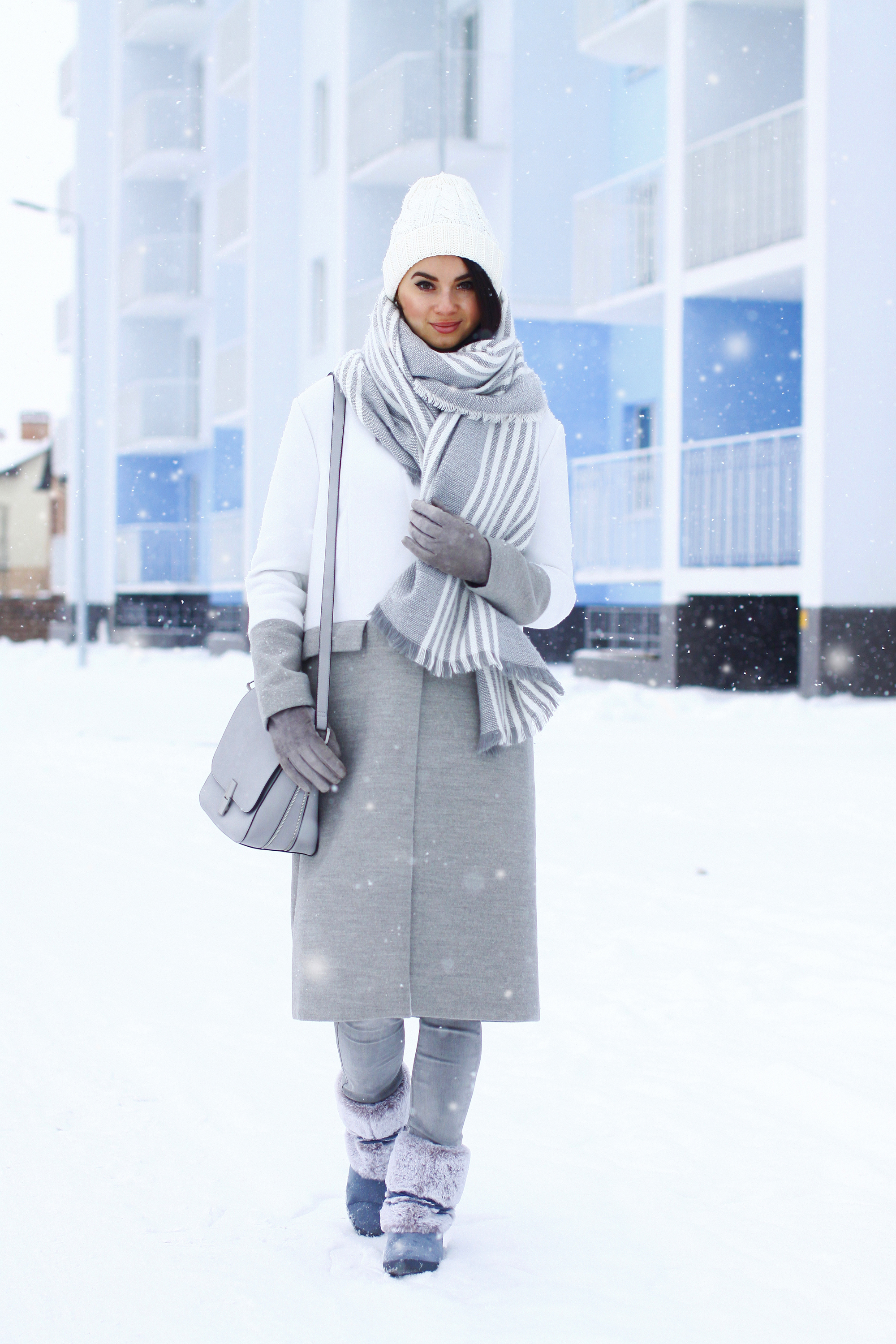 c9d456e8585 How to Wear Grey Uggs (8 looks & outfits)   Women's Fashion ...