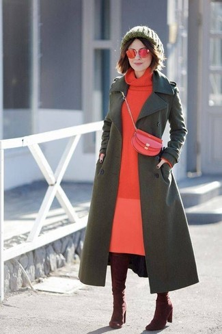 Wear an army green coat and a dark green beanie for a stylish office ensemble. Burgundy suede over the knee boots will become an ideal companion to your style. On not-so-bone-chilling days, rock a version of this summer-to-fall getup and look absolutely amazing.