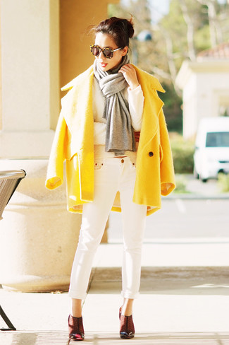 How to wear: yellow coat, white print sweater, white jeans, burgundy leather pumps