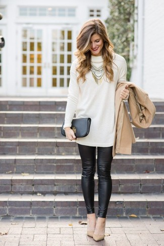 Consider teaming a tan coat with black leather leggings to bring out the stylish in you. Add a glam twist to your ensemble with beige leather pumps. This combo is a good pick when warmer days are here.