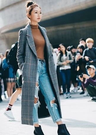 How to wear: grey plaid coat, tobacco turtleneck, light blue ripped boyfriend jeans, black leather ankle boots