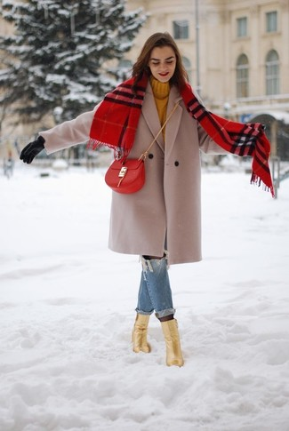 How to Wear a Scarf For Women: Look absolutely stylish yet casual in a beige coat and a scarf. For something more on the elegant side to finish your ensemble, introduce a pair of gold leather ankle boots to the mix.