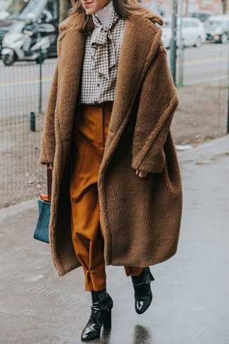 How to wear: brown fluffy coat, white turtleneck, white print button down blouse, tobacco tapered pants
