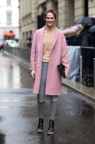 We give a huge thumbs up to this combo of a rose pink coat and a grey wool pencil skirt! Black leather booties complement this getup very well. This combo is absolutely great to welcome the springtime.