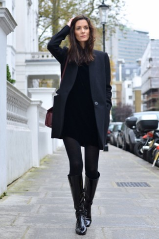 How to wear: black coat, black turtleneck, black skinny jeans, black leather knee high boots