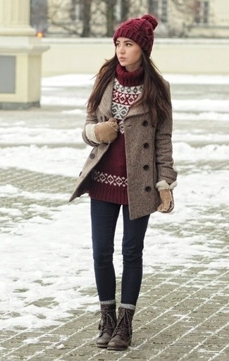 Reach for a burgundy turtleneck and dark blue slim jeans for a casual level of dress. Dark brown leather lace-up boots will add some edge to an otherwise classic look.