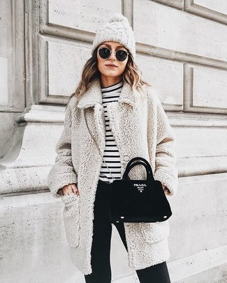 How to wear: beige fleece coat, white and black horizontal striped turtleneck, black skinny pants, black suede crossbody bag