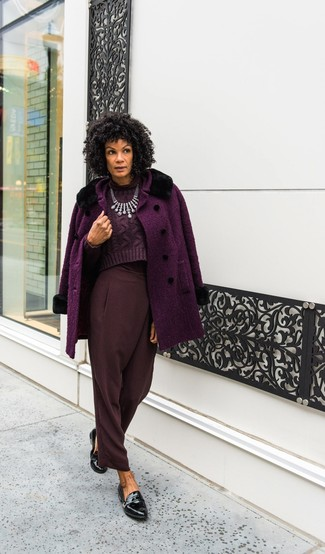 Black Leather Loafers Outfits For Women After 40: Choose a purple coat and burgundy tapered pants to assemble a chic and modern-looking outfit. Black leather loafers act as the glue that will bring your outfit together.