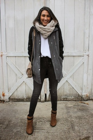 Make a charcoal coat and dark grey skinny jeans your outfit choice for an effortless kind of elegance. Brown suede ankle boots are a great choice to complete the look.