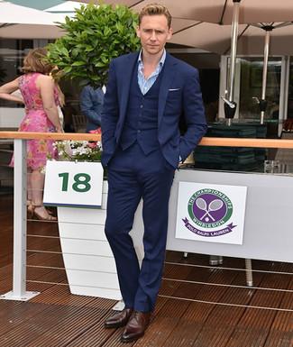 25e87f6b6fc9c Tenue de Tom Hiddleston  Complet bleu marine, Chemise à manches ...