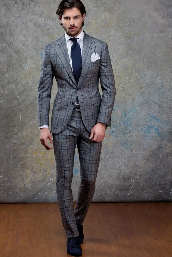 5be1d3b01a591 ... men Wear a grey check wool suit and a white dress shirt for a sharp,  fashionable