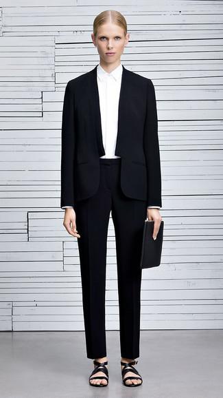 Tenue  Costume noir, Chemise de ville blanche, Sandales plates en cuir  noires, 8fe9fba2a6d0