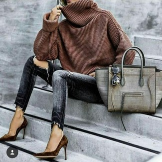 How to wear: brown cowl-neck sweater, charcoal ripped skinny jeans, dark brown suede pumps, grey snake leather tote bag