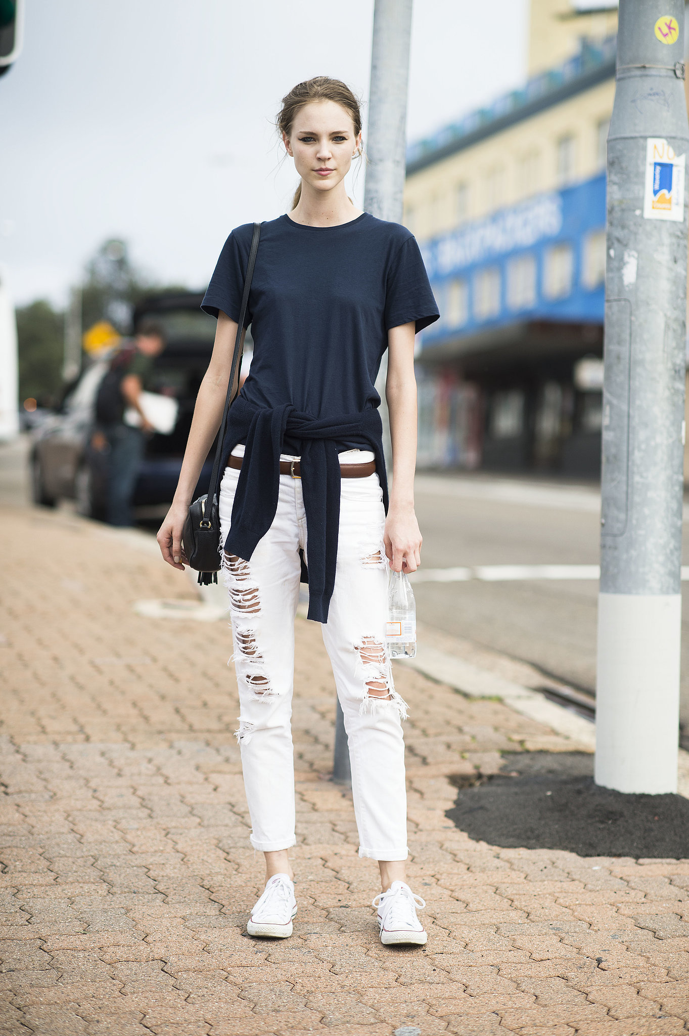 How to Wear White Boyfriend Jeans (19 looks) | Women's Fashion