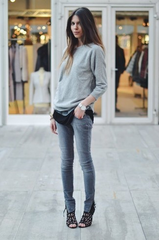 Silver Watch with Black Crew-neck T-shirt Outfits For Women: This combo of a black crew-neck t-shirt and a silver watch is the ultimate chic laid-back style. Grab a pair of black suede heeled sandals for an extra dose of elegance.