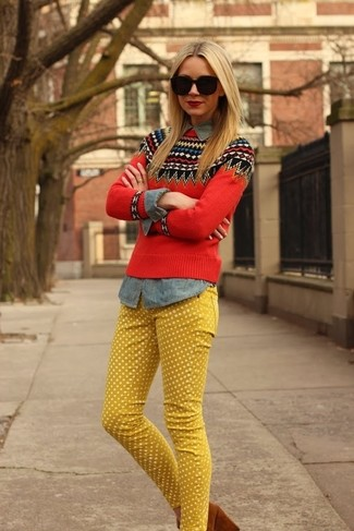 Go for a red fair isle crew-neck sweater and yellow polka dot jeans to effortlessly deal with whatever this day throws at you. Up the ante of your outfit with Givenchy Suede Pointed Toe Pumps. Keep the autumn anxiety away in a stylish getup like this one.