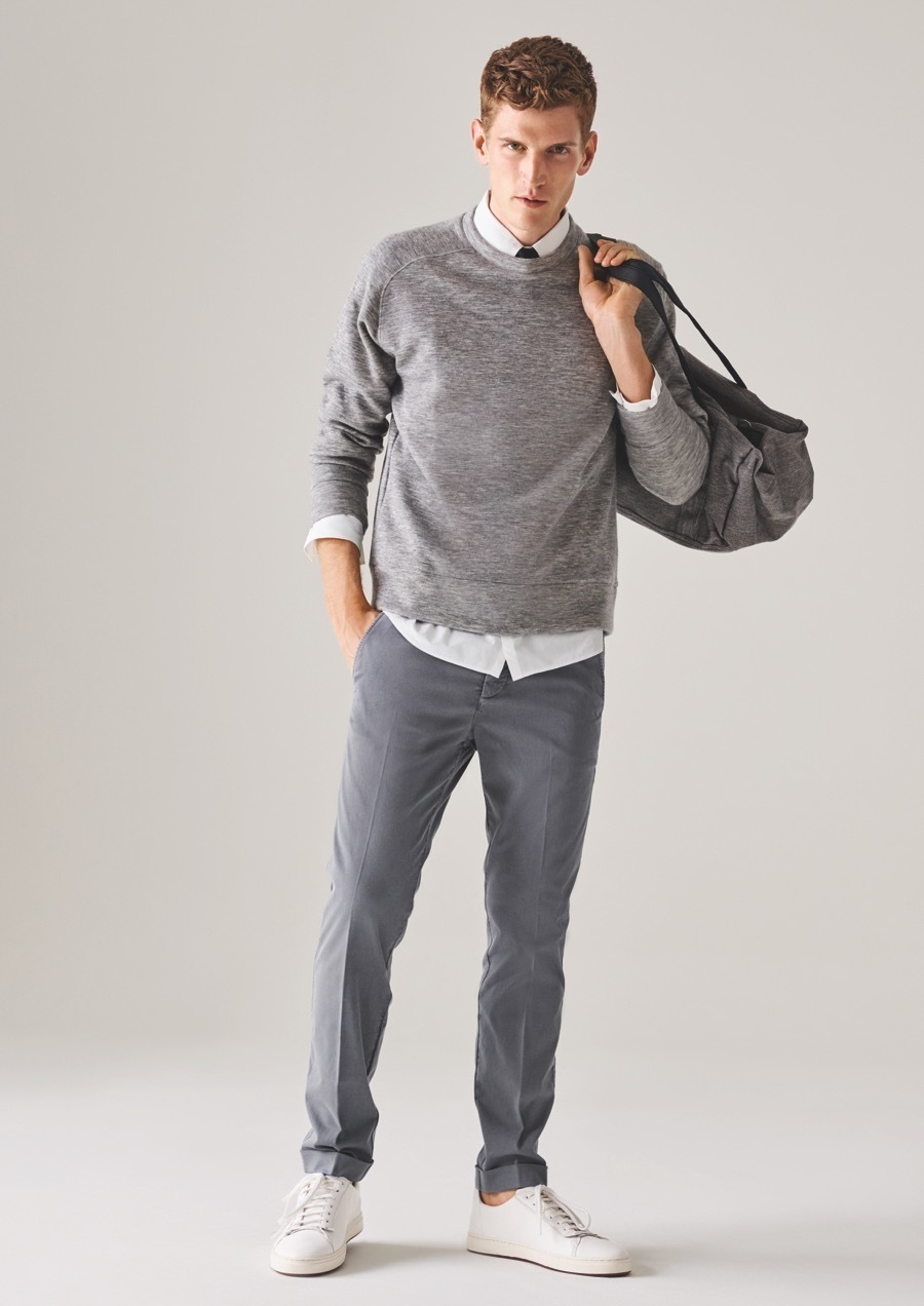 How to Wear a Grey Canvas Duffle Bag For Men (4 looks   outfits ... b7942e3602909