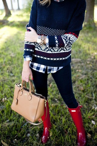 Rock a dark blue fair isle crew-neck pullover with black leggings for a casual coffee run. Rain boots will contrast beautifully against the rest of the look.