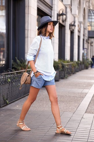 Consider pairing a white crew-neck sweater with a Diesel women's Cowbow Hat to get a laid-back yet stylish look. Rock a pair of gold leather gladiator sandals for a more relaxed feel. What better choice for a hot weather day?