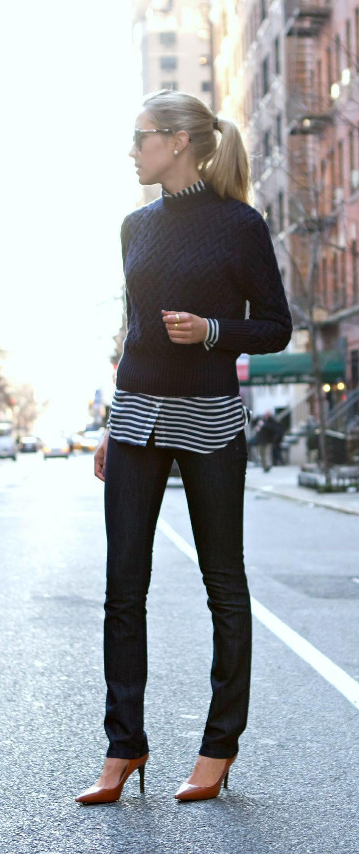 How to Wear a Navy Crew-neck Sweater (105 looks) | Women's Fashion