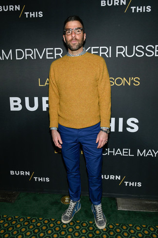 How to Wear a Mustard Crew-neck Sweater For Men: A mustard crew-neck sweater and blue chinos are essential in any modern gentleman's functional casual wardrobe. Go ahead and complete your outfit with a pair of charcoal high top sneakers for a dash of stylish nonchalance.