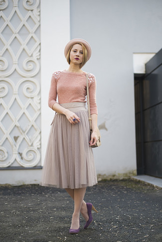 How to wear: pink embellished crew-neck sweater, grey pleated chiffon midi skirt, purple suede pumps, beige leather crossbody bag