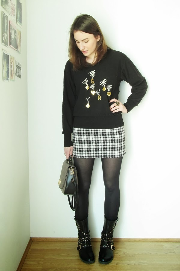 4a6497c47 How to Wear a Black and White Plaid Mini Skirt (10 looks & outfits ...