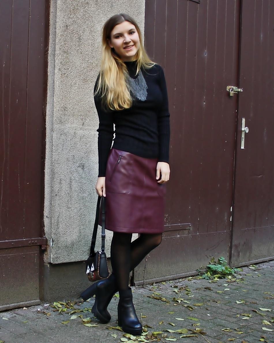 Burgundy Leather Pencil Skirt | Women's Fashion
