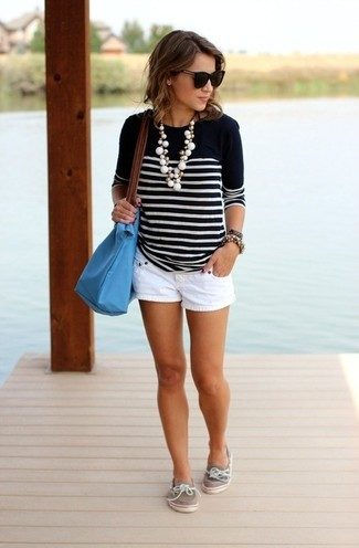 How to wear: black and white horizontal striped crew-neck sweater, white shorts, grey leather boat shoes, aquamarine leather tote bag