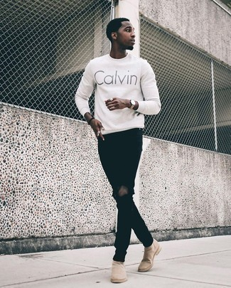 Tan Suede Chelsea Boots with Black Jeans Outfits For Men: To don a relaxed getup with a twist, you can rock a white print crew-neck sweater and black jeans. Feeling experimental today? Elevate your outfit by rocking tan suede chelsea boots.