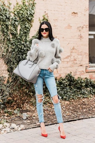 How to wear: grey crew-neck sweater, light blue ripped skinny jeans, red suede pumps, grey leather tote bag