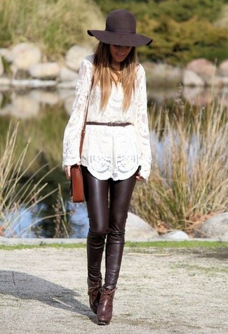 How to wear: white lace crew-neck sweater, dark brown leather skinny pants, burgundy leather ankle boots, brown leather crossbody bag