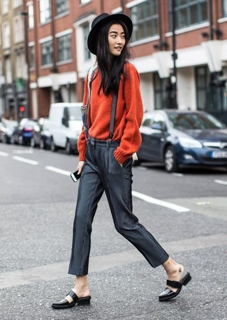How to wear: red crew-neck sweater, charcoal skinny pants, black leather loafers, black wool hat