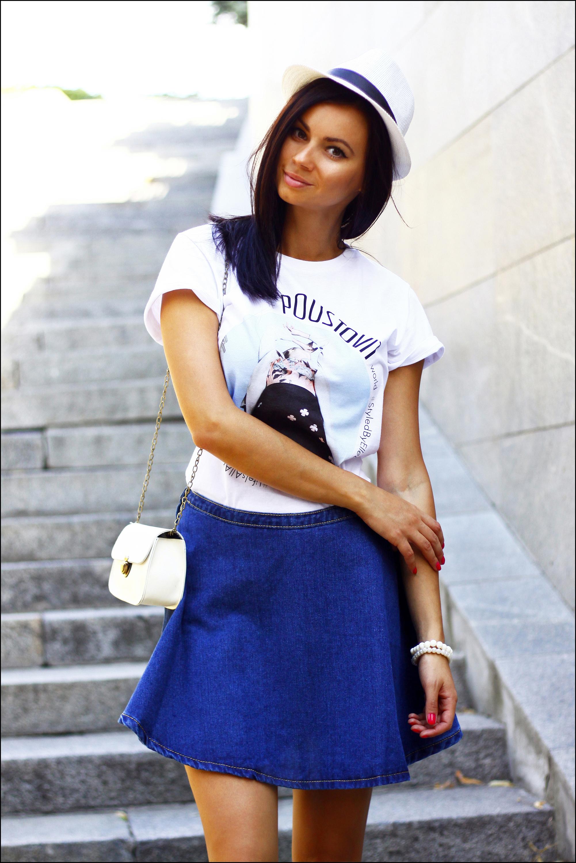 How to Wear a Blue A-Line Skirt (4 looks) | Women's Fashion
