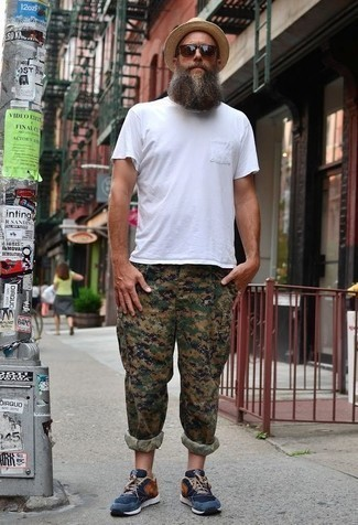 How to Wear Camouflage Pants In Summer For Men: Rushed mornings require a straightforward yet cool and casual ensemble, such as a white crew-neck t-shirt and camouflage pants. And if you want to immediately elevate this look with one item, why not complement this ensemble with navy athletic shoes? No doubt, you're looking at a good pick for a warm weather day.