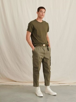 White Canvas High Top Sneakers Hot Weather Outfits For Men: This combination of an olive crew-neck t-shirt and olive cargo pants is on the off-duty side but is also on-trend and seriously dapper. This look is complemented perfectly with white canvas high top sneakers.