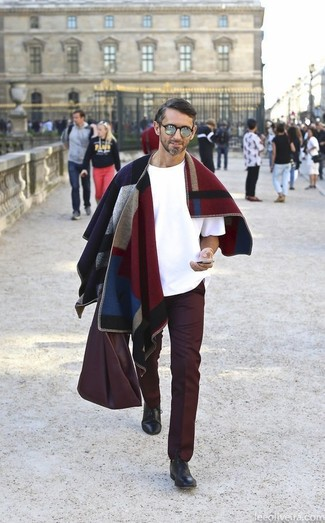 If it's comfort and practicality that you're searching for in an outfit, try pairing a white crew-neck t-shirt with Topman Burgundy Wax Coated Wide Leg Chinos. Turn your sartorial beast mode on and choose a pair of black leather oxford shoes. This outfit is a tested option if you're after a great, season-appropriate ensemble.
