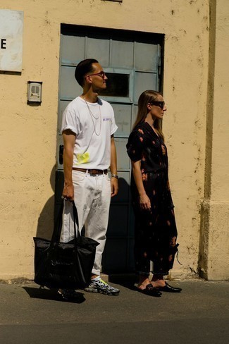 White No Show Socks Outfits For Men: This combo of a white print crew-neck t-shirt and white no show socks gives off a casual and effortless kind of vibe. For a more elegant spin, why not introduce black and white athletic shoes to your look?