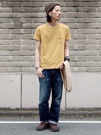 Yellow Crew Neck T Shirt Outfits For Men 24 Ideas Outfits Lookastic