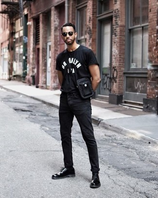 Black and White Print Crew-neck T-shirt Hot Weather Outfits For Men: To assemble a casual ensemble with a city style finish, you can easily dress in a black and white print crew-neck t-shirt and black jeans. You know how to infuse an added dose of style into this look: black leather derby shoes.