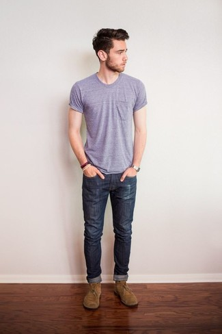 How to wear: light violet crew-neck t-shirt, charcoal jeans, tan suede desert boots, silver watch