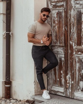 Black Jeans with Canvas Shoes Outfits